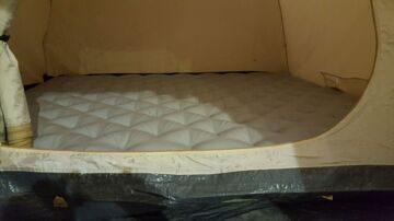 Надувной матрас в палатки